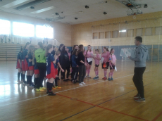 Tekmovanje v nogometu za starejše učenke
